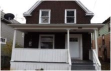 Bedrooms: 3   Bathrooms: 1   Price: $ 29,900   This large three bedroom brick house is amazing value at only $ 29,900 for New York this is very rare